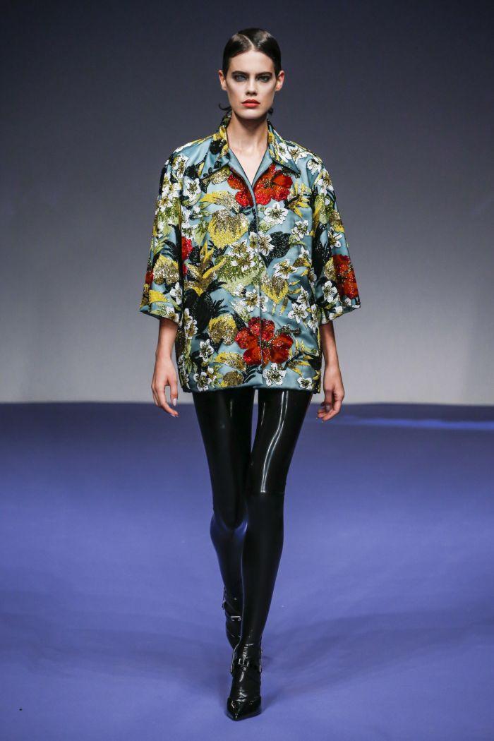 Модные брюки весна-лето 2019 из коллекции Richard Quinn