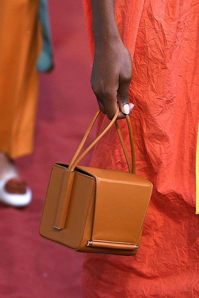 Модная женская сумка 2019 из коллекции Roksanda