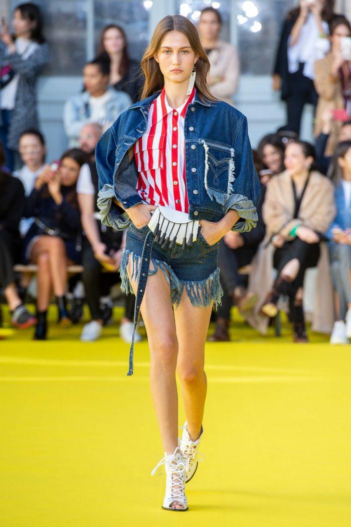 Модная джинсовая одежда Victoria Tomas