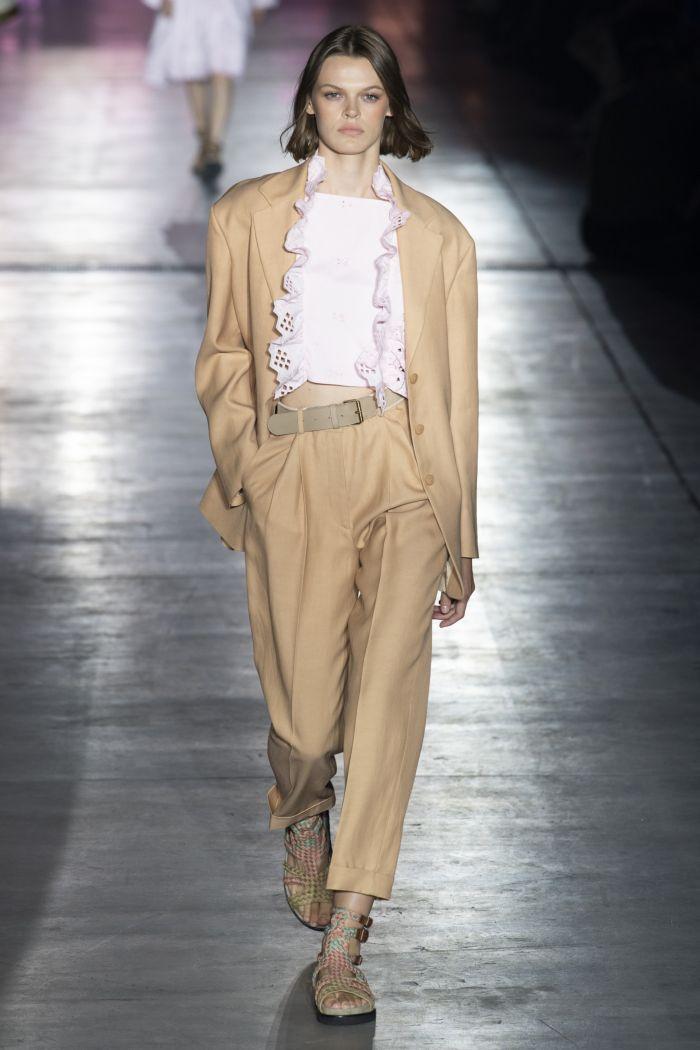 Модный женский костюм Alberta Ferretti