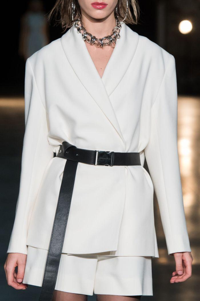 Модный женский костюм Chapurin
