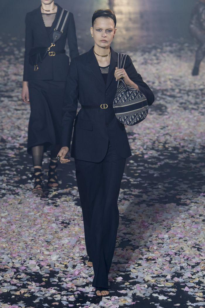 Модный женский костюм Christian Dior
