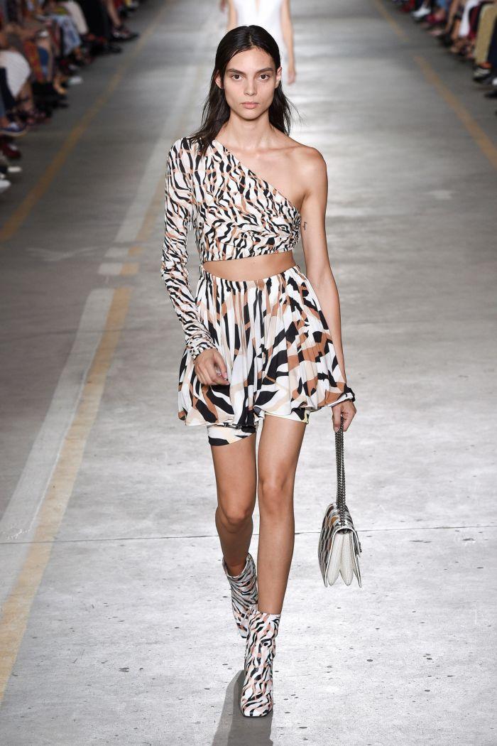 Модный топ Roberto Cavalli