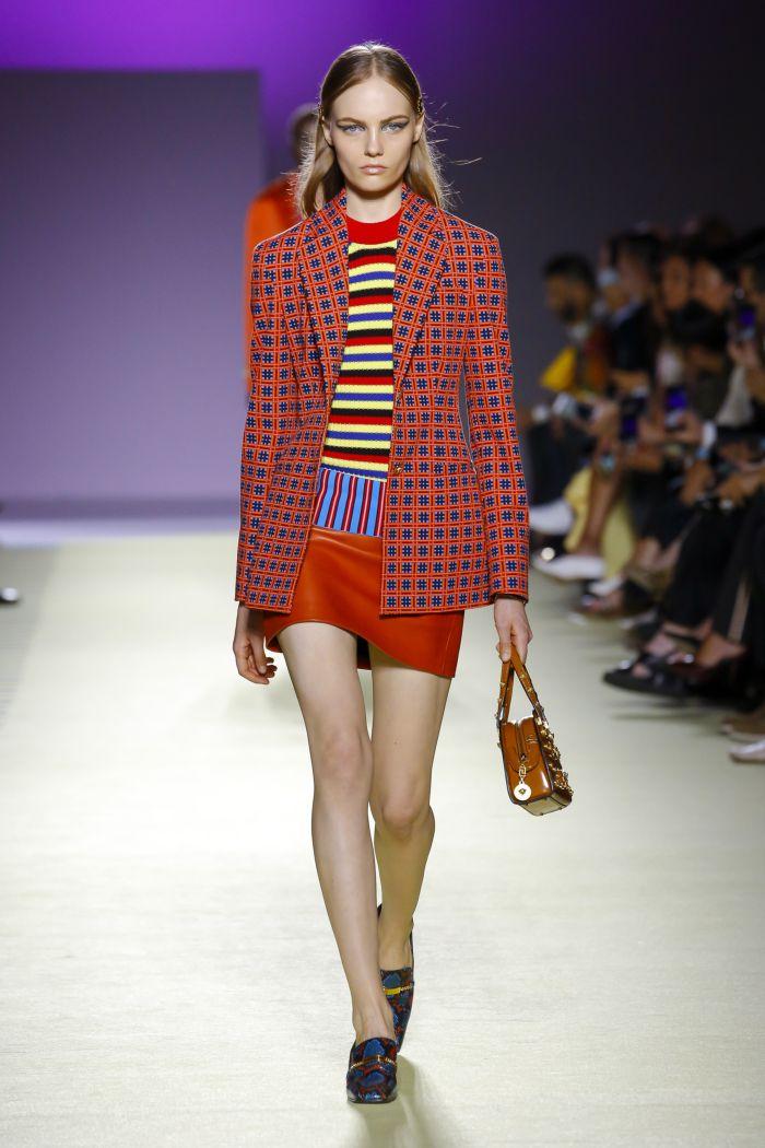 Модный пиджак Versace