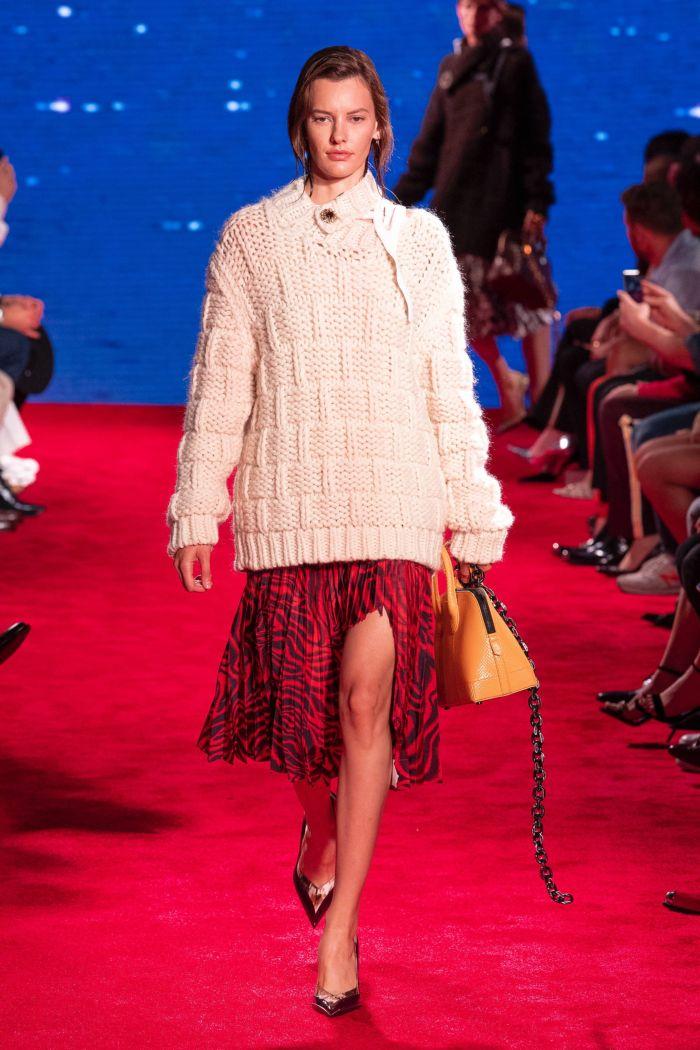 Модная кофта Calvin Klein