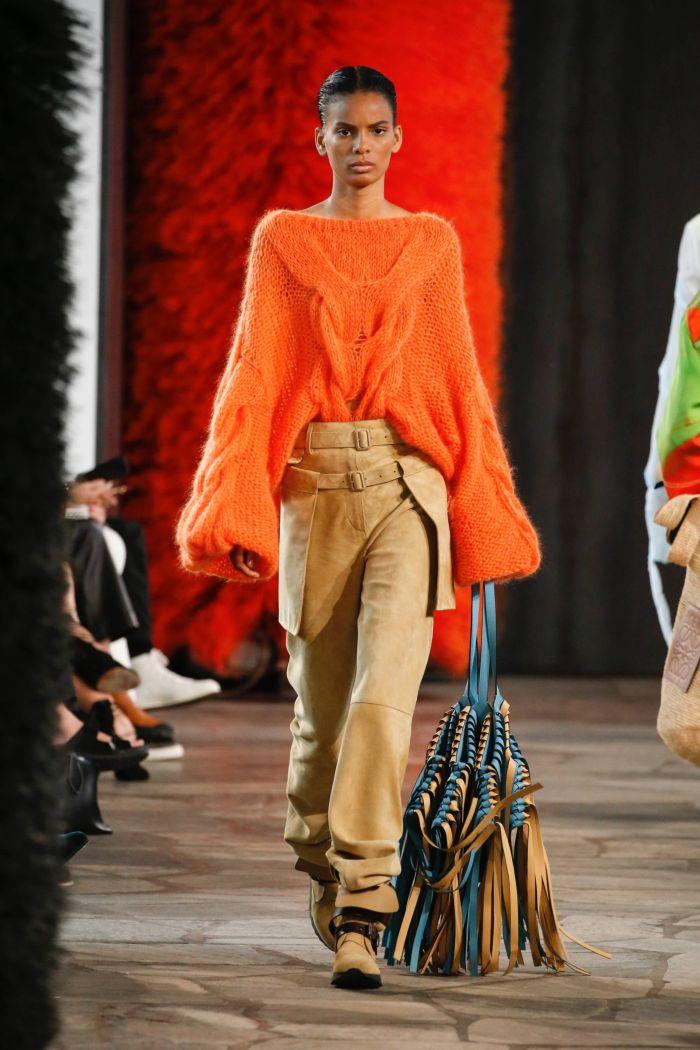 Модная кофта Loewe