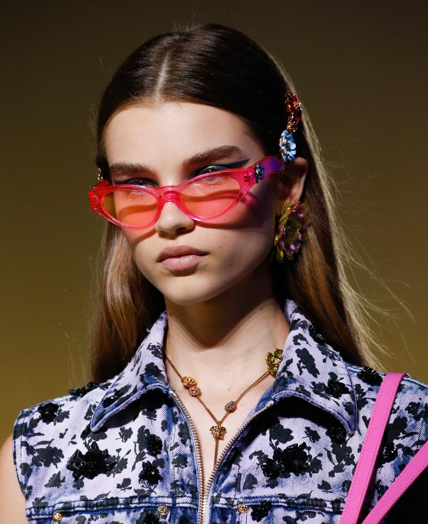 Модные очки Versace
