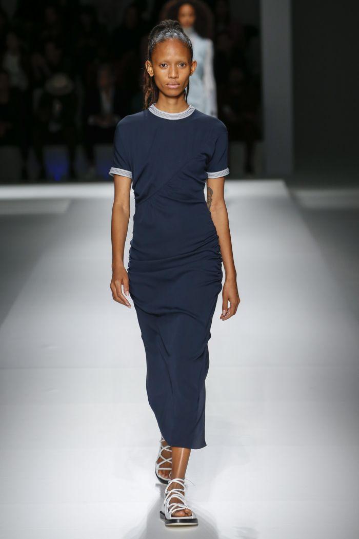 Модное платье на каждый день Hugo Boss