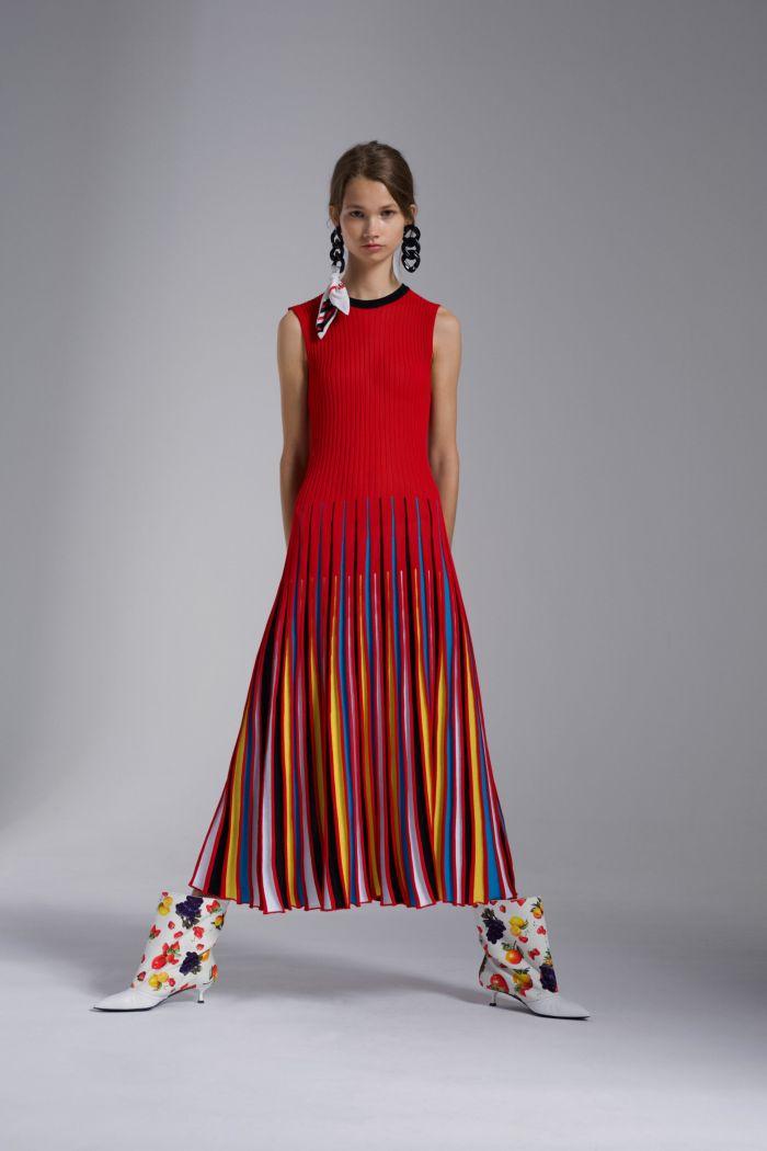 Модное красное платье MSGM