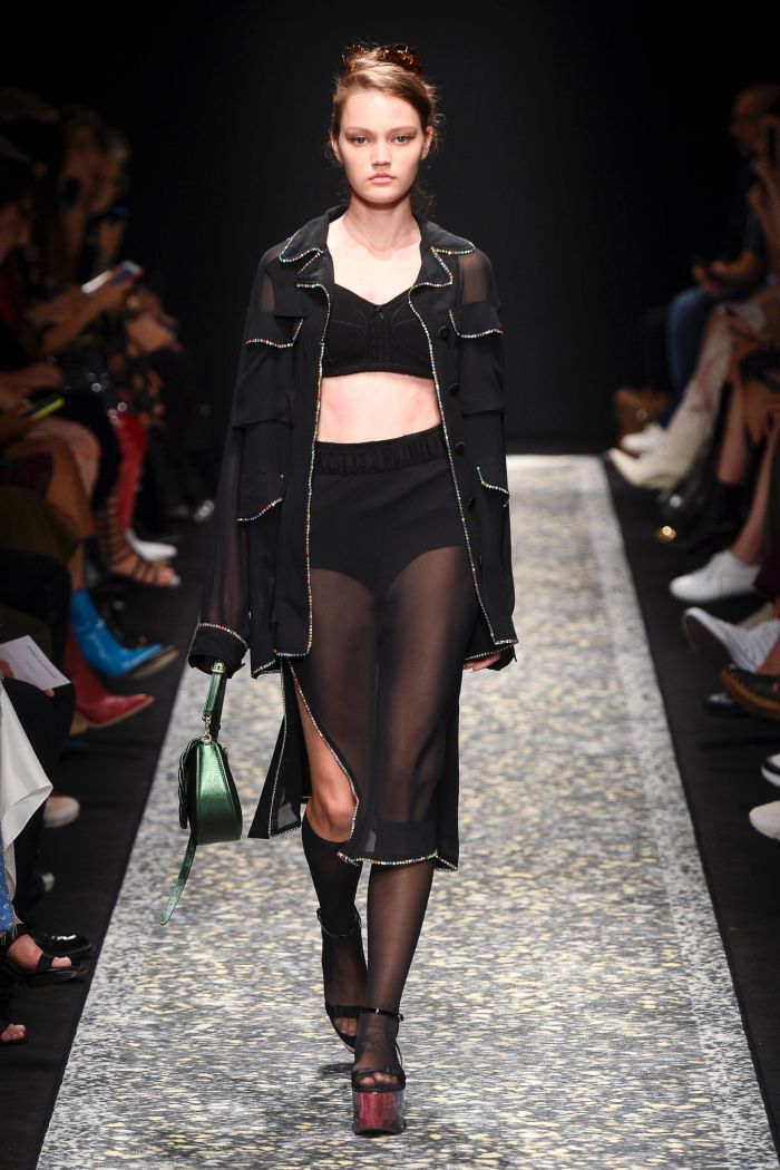 Модные шорты Marco de Vincenzo