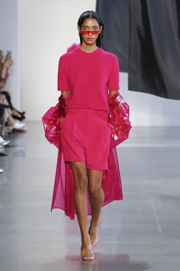 Модные шорты Sally LaPointe