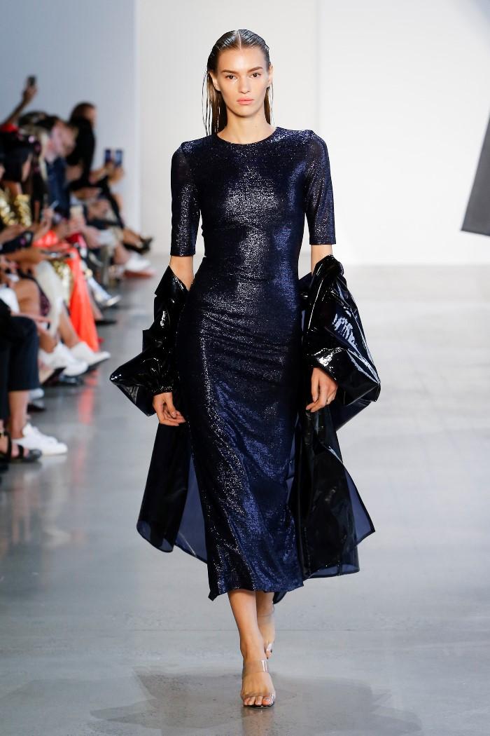 С чем носить черное вечернее платье Sally LaPointe
