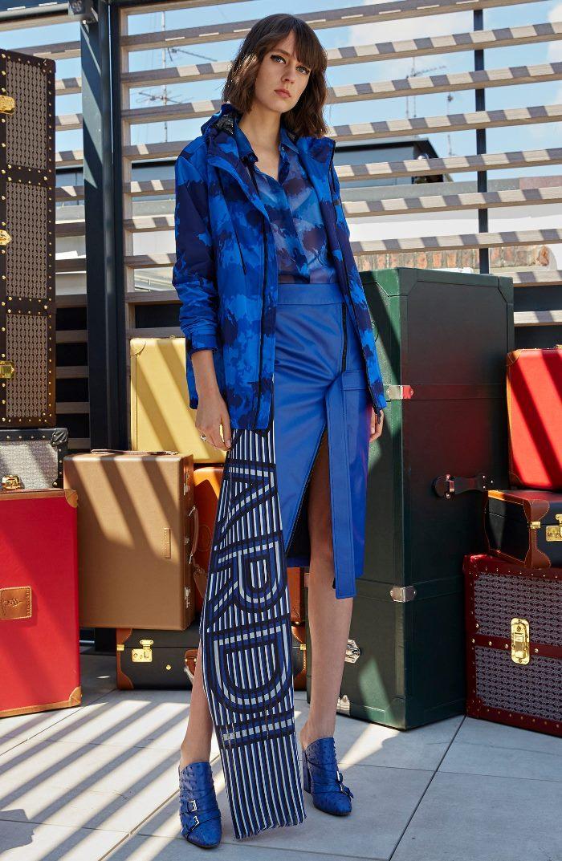 Модная синяя юбка Trussardi