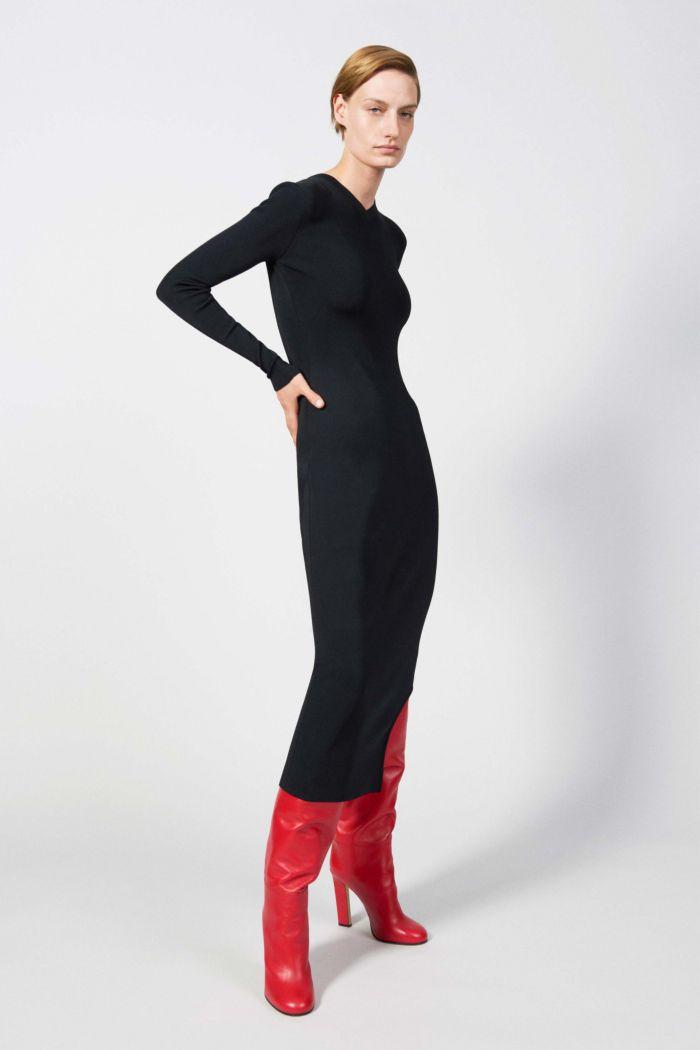 Модное черное платье Victoria Beckham
