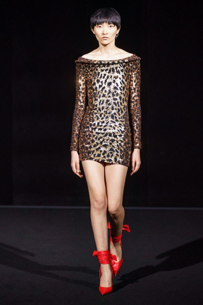 Модное короткое леопардовое платье Balenciaga