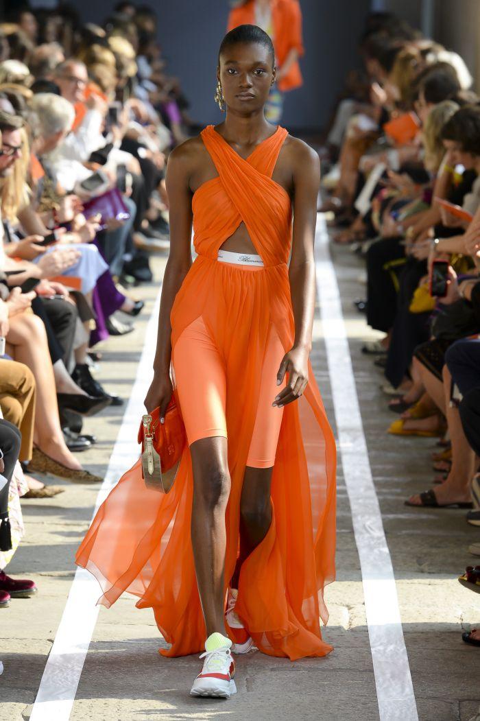 Модное платье Blumarine