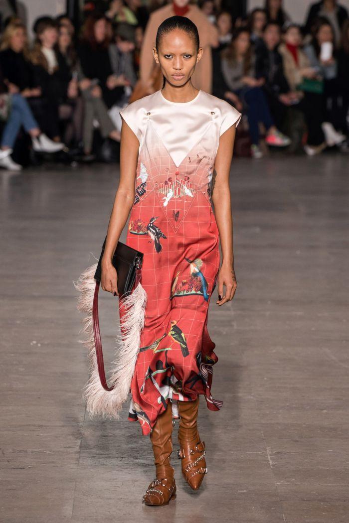 Модное коралловое платье Cédric Charlier