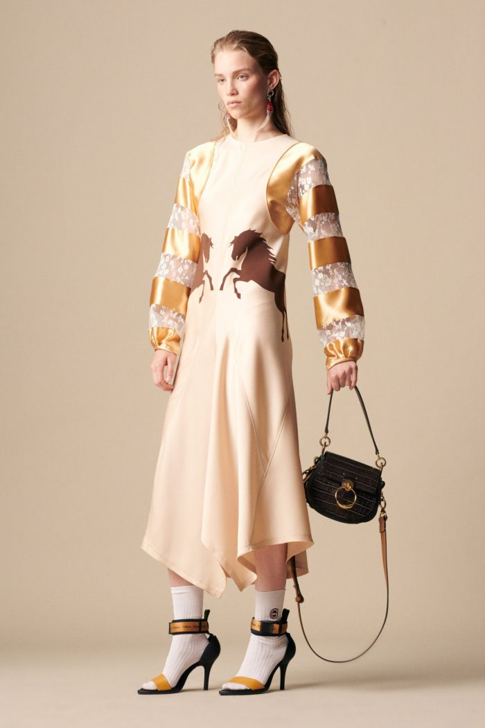 Бежево-золотое платье Chloé