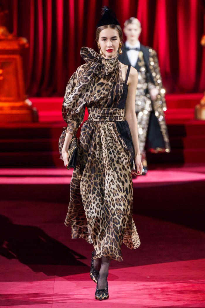 Леопардовое платье Dolce & Gabbana