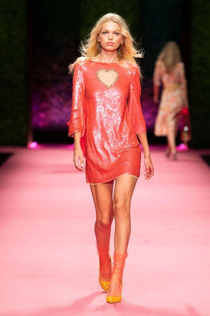 Короткое коралловое платье Elisabetta Franchi