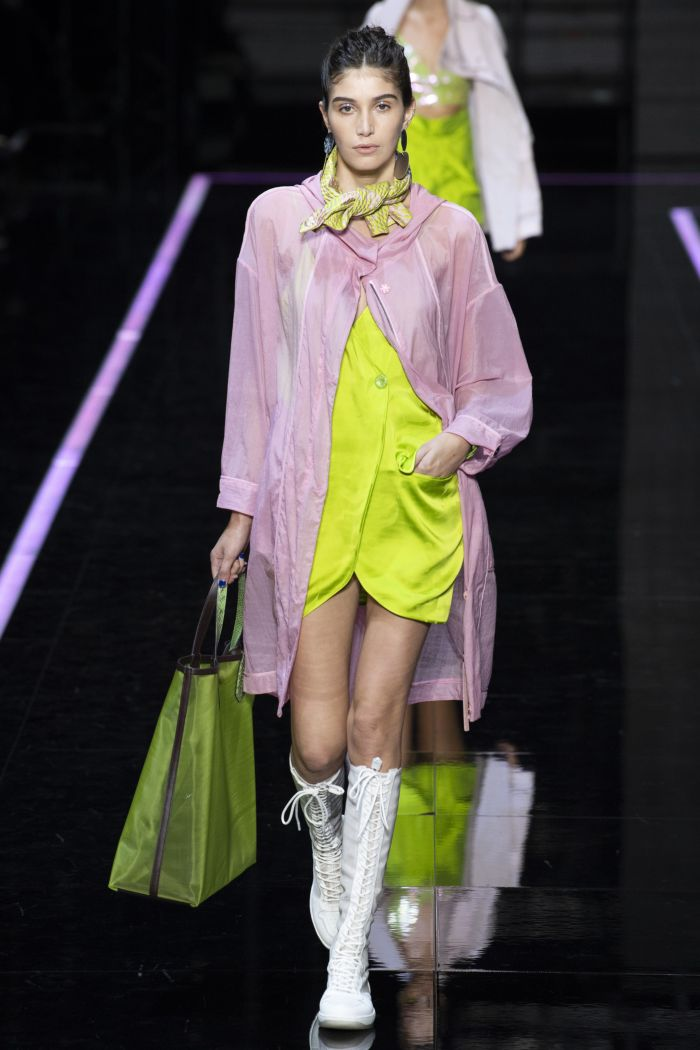 зеленое платье Emporio Armani