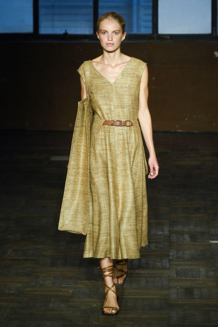Бежево-зеленое платье Erika Cavallini