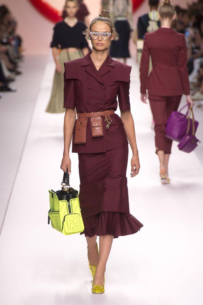 Поясная сумка с костюмом Fendi