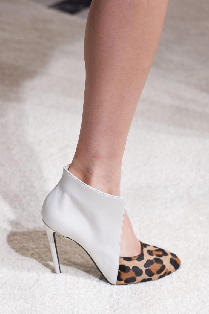 Обувь к леопардовому платью Giambattista Valli