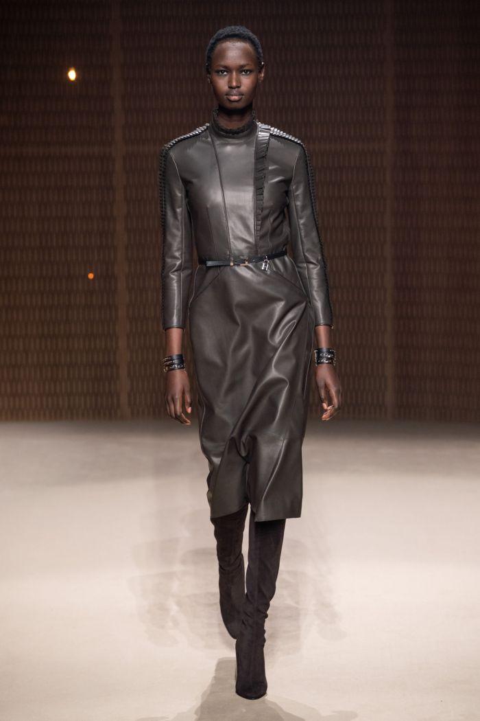 Кожаное серое платье Hermès