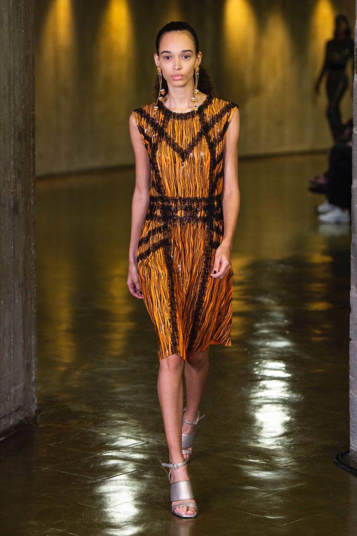 Модное оранжевое платье Koché