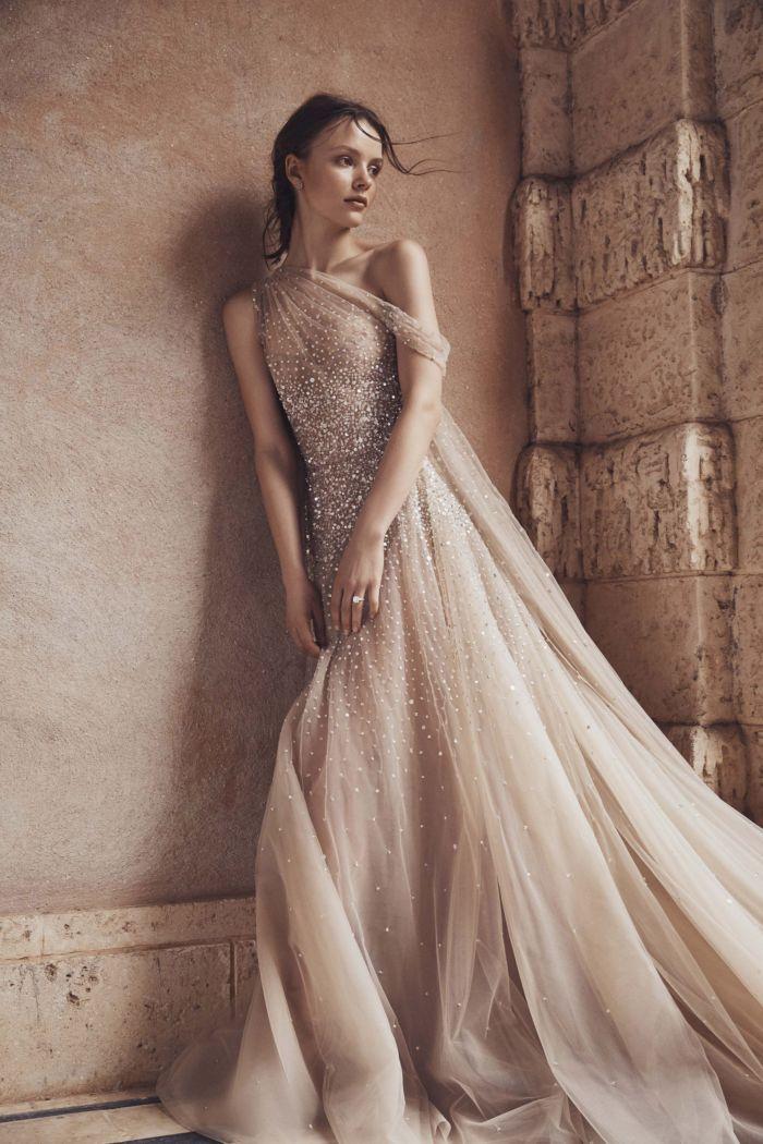 Бежевое свадебное платье Monique Lhuillier