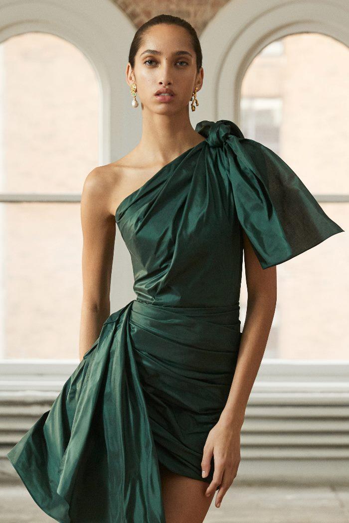 Вечернее зеленое платье Oscar de la Renta