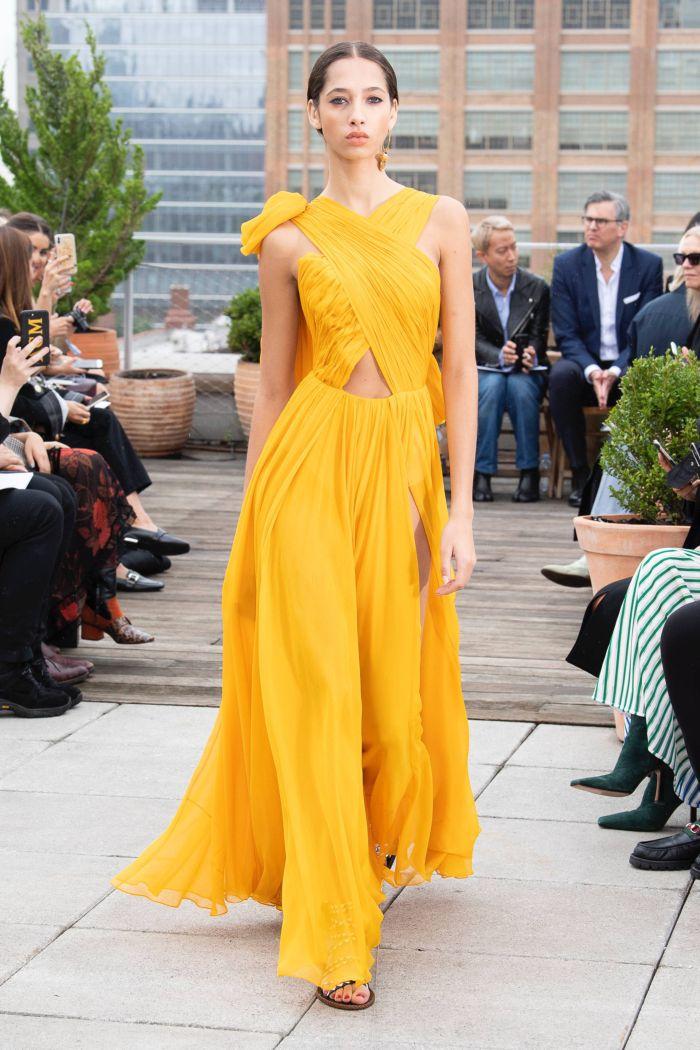 Желтое платье на выпускной Oscar de la Renta