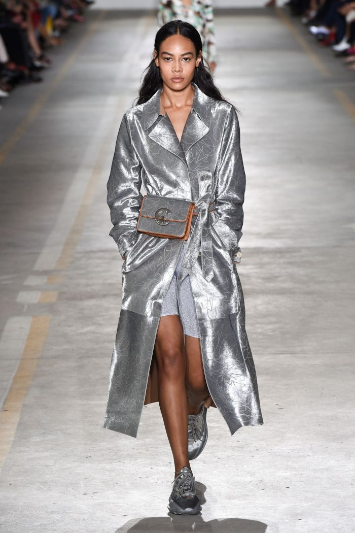 Модная поясная сумка металлик Roberto Cavalli