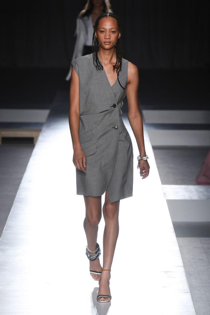 Серое платье-пиджак Sportmax