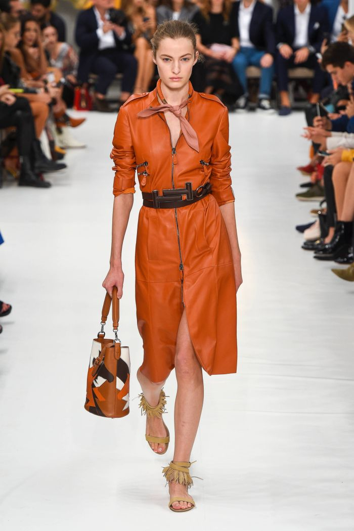 Модное оранжевое платье Tod\'s