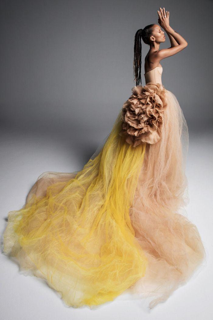 Желтое свадебное платье Vera Wang