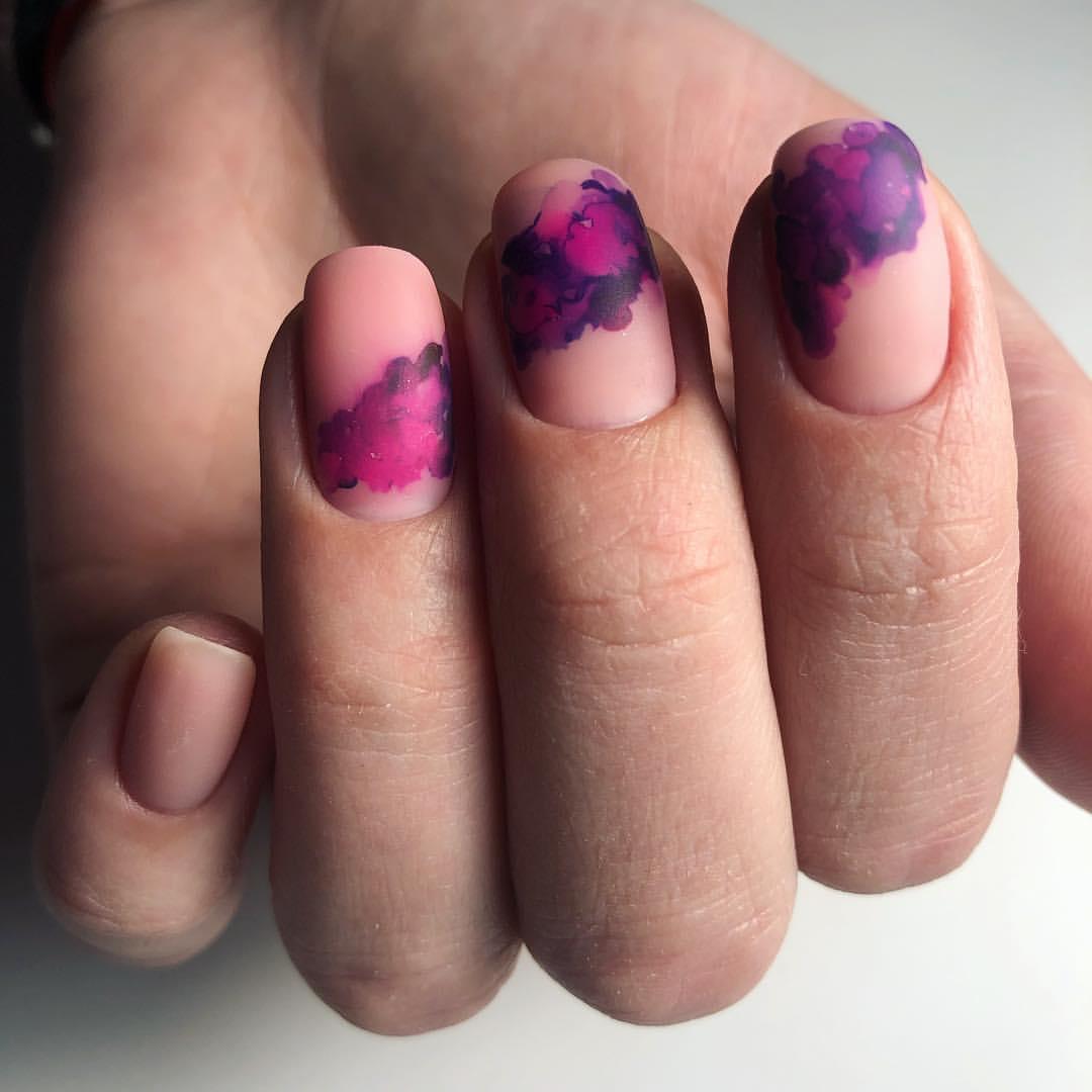 Новинка дизайна ногтей - акварель