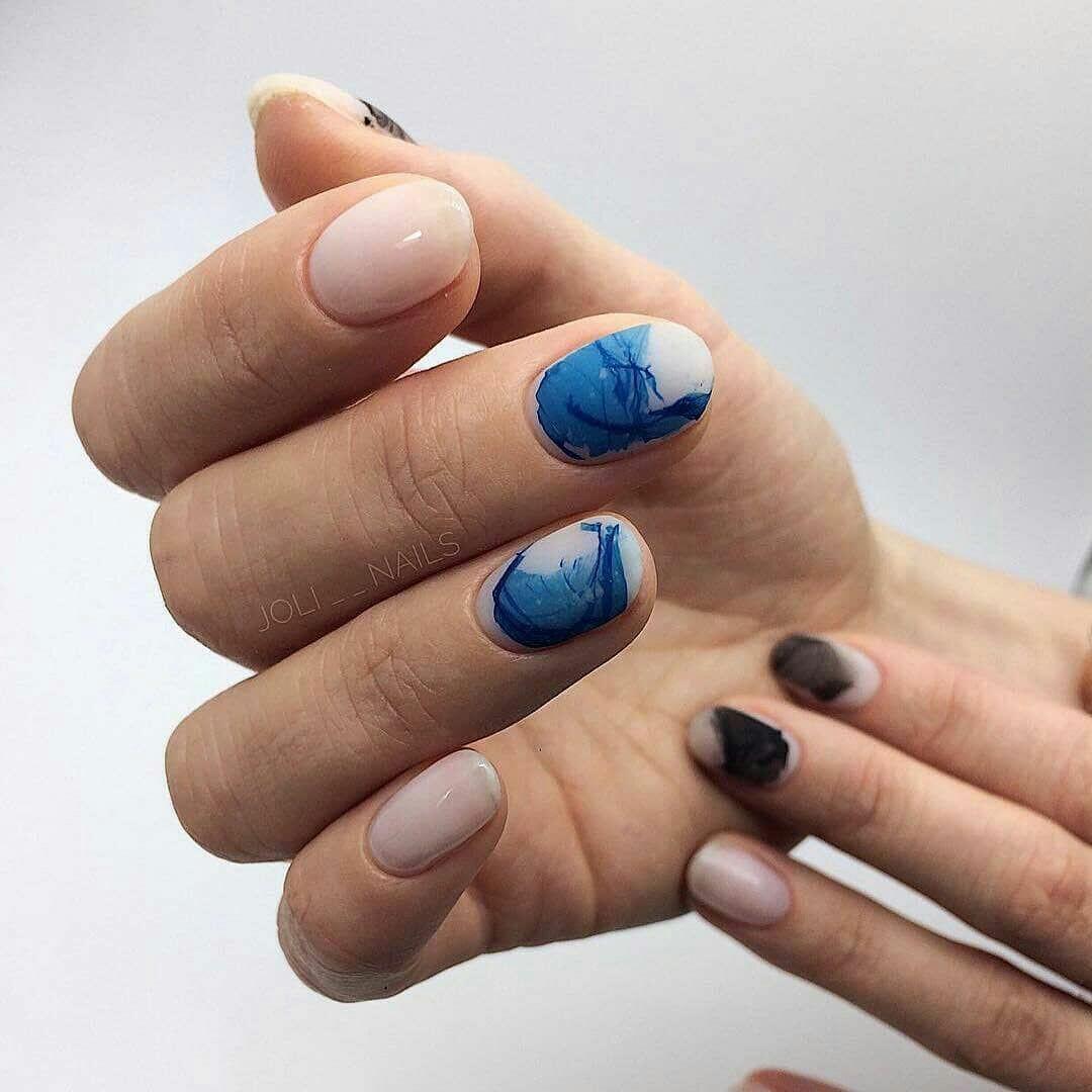 Новинка дизайна ногтей - водный маникюр