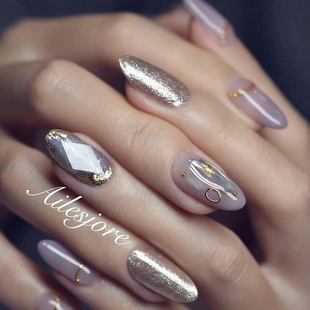 Новинка дизайна ногтей - объемные камни