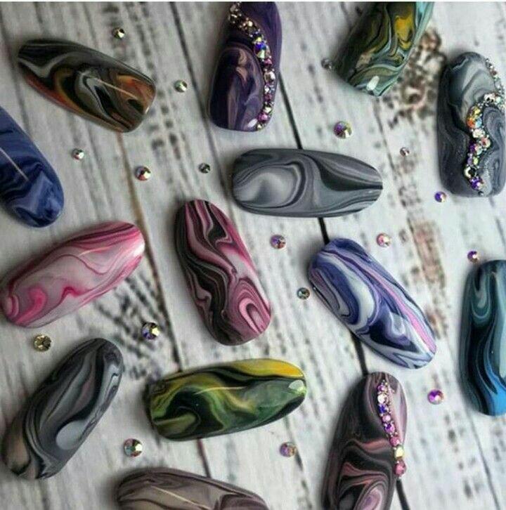 Новинка дизайна ногтей - по мокрому