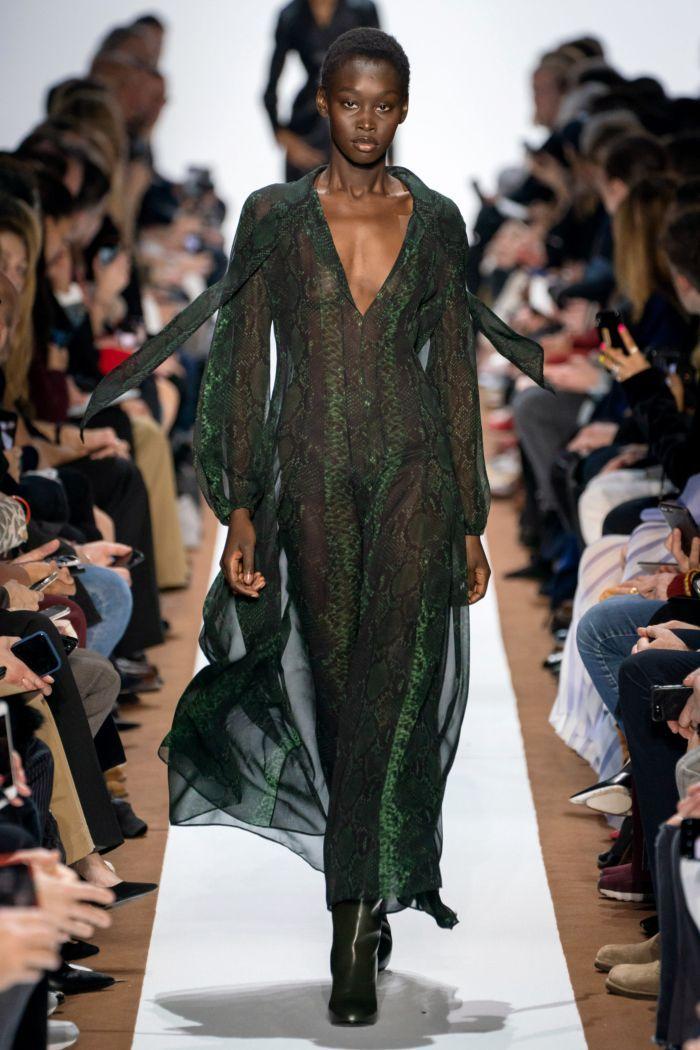 Модное изумрудное платье Akris