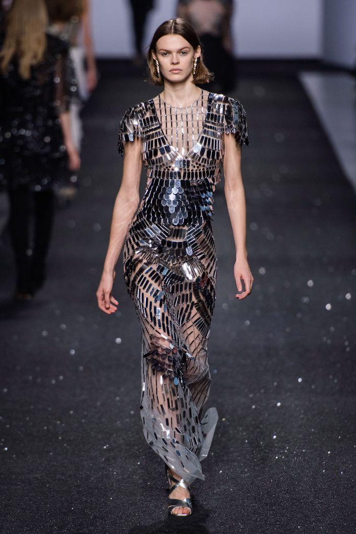 Модное блестящее платье Alberta Ferretti