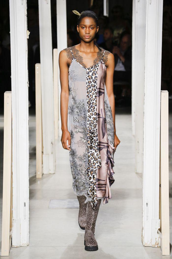 Модное платье-комбинация Antonio Marras