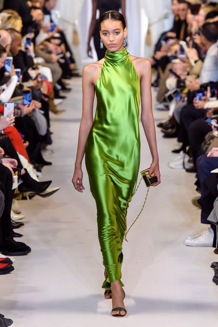Вечернее блестящее платье Brandon Maxwell