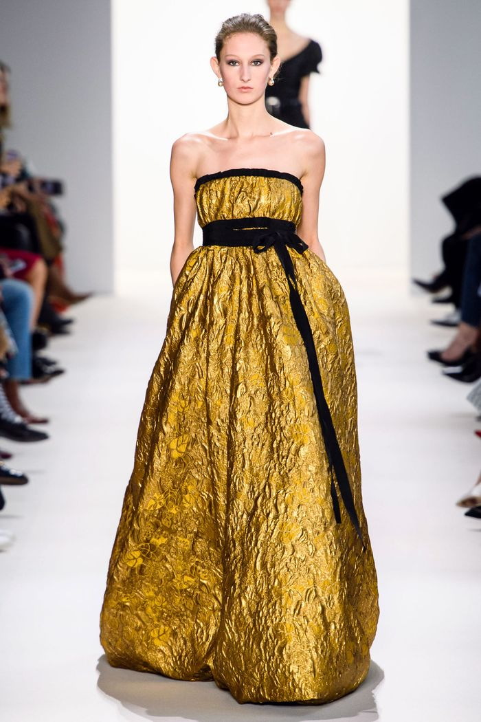 Вечернее блестящее платье Brock Collection