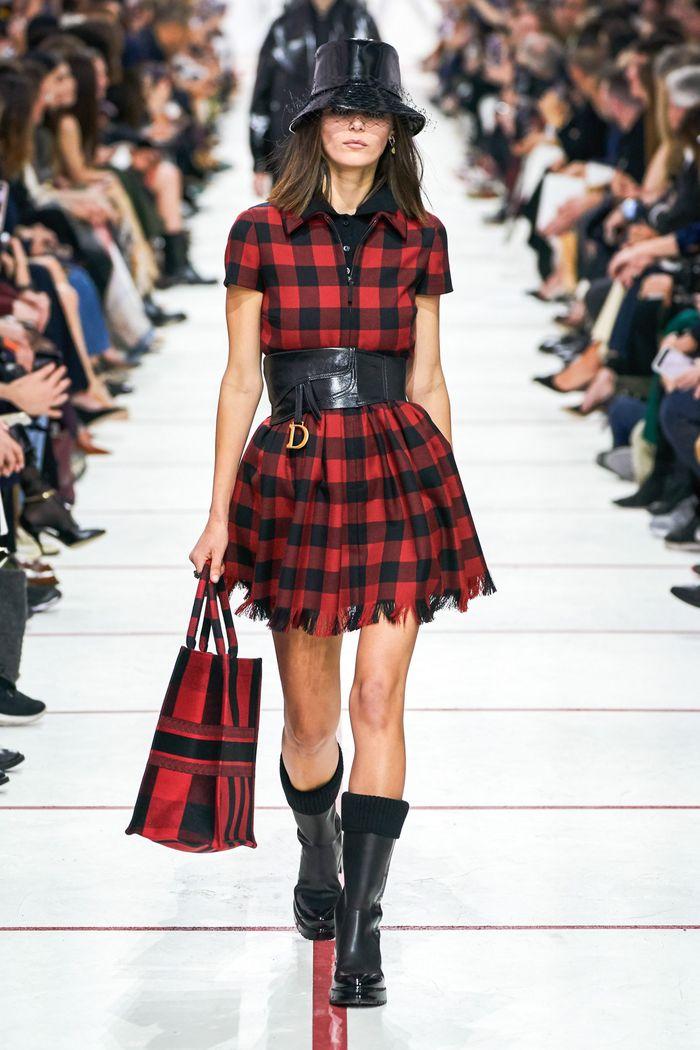 Платье-рубашка в клетку Christian Dior