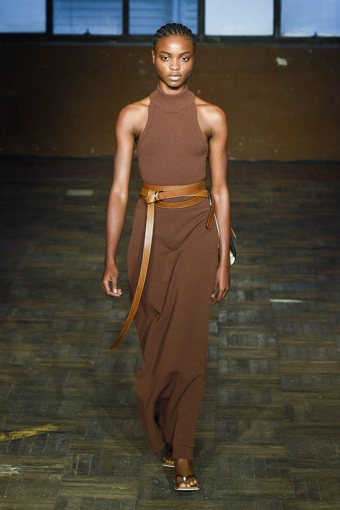 Длинное коричневое платье Erika Cavallini