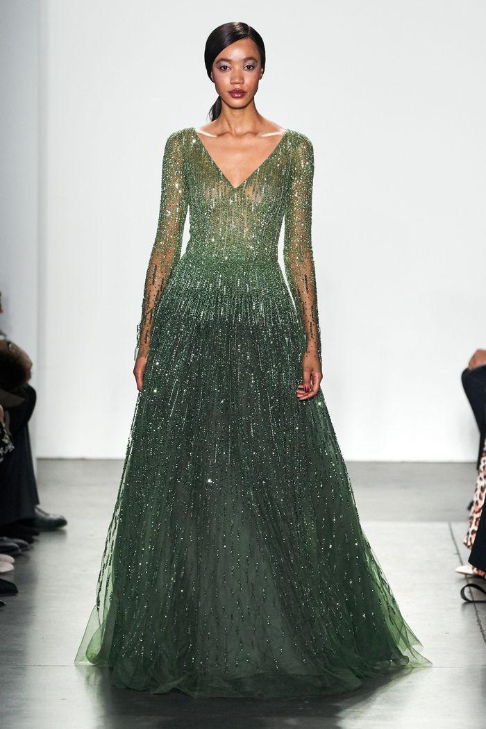 Зеленое блестящее платье Pamella Roland