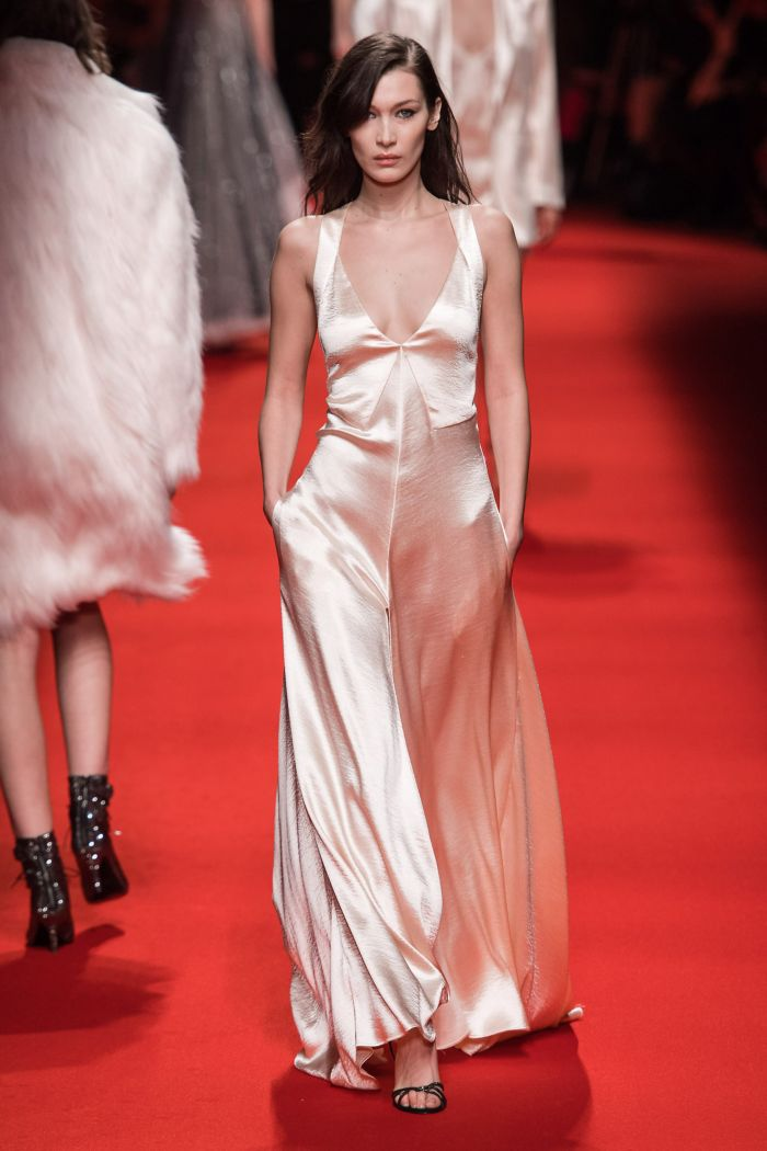 Вечернее платье-комбинация Philosophy di Lorenzo Serafini